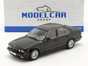 BMW 5 Series (E34) year 1992 black 1:18 Model Car Group