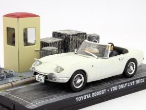 Toyota 2000GT James Bond Movie Car Man lives only know twice 1:43 Ixo
