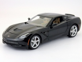 Chevrolet Corvette Stingray year 2014 black 1:18 Maisto