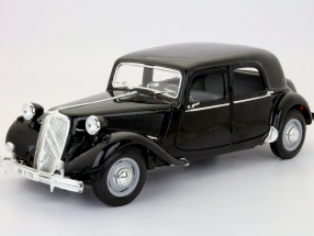 Citroen 15CV year 1952 black 1:18 Maisto