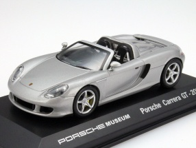 Porsche Carrera GT Year 2003 silver Porsche Museum Edition 1:43 Welly