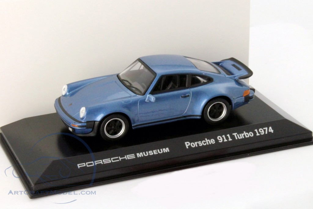 Porsche 911 Turbo year 1974 blue metallic