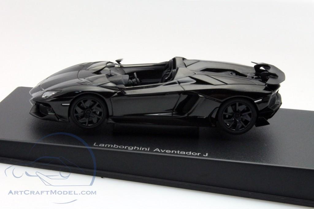 lamborghini aventador j roadster year 2012 black