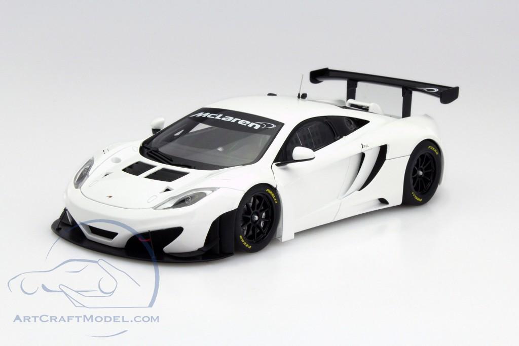 McLaren MP4-12C GT3 built in 2011 white - 81341, EAN 674110813418