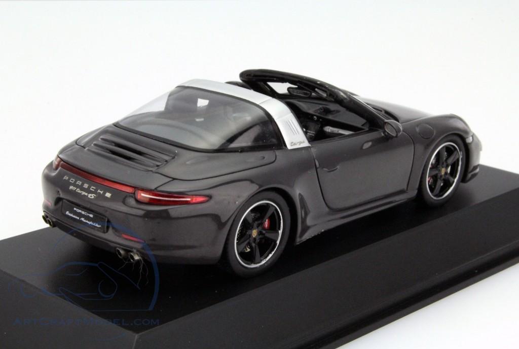 Porsche 911 Targa 4s Grey Wax02020010