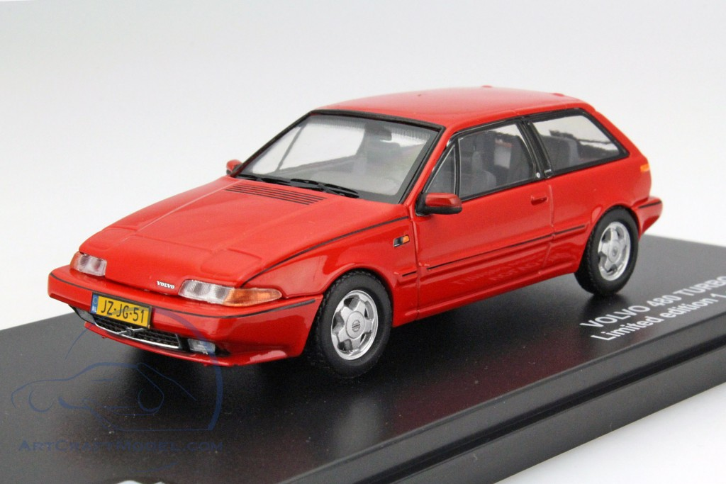 Volvo 480 Turbo Year 1987 Red Triple 9 T9 43062 Ean 9580015703697