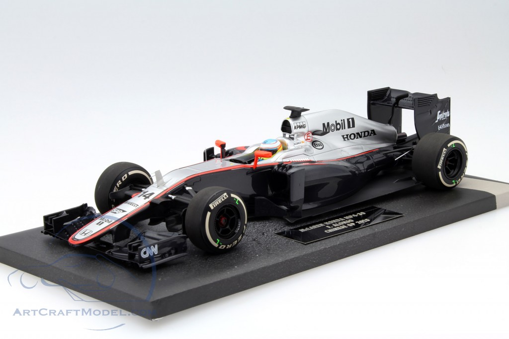 Fernando Alonso Mclaren Mp4 30 14 China Gp Formula 1 2015