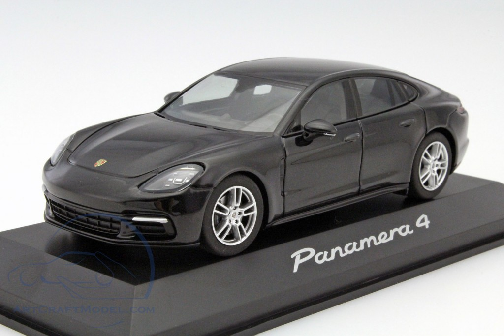 1//43 Herpa Porsche Panamera 4 schwarz metallic WAP0207100G