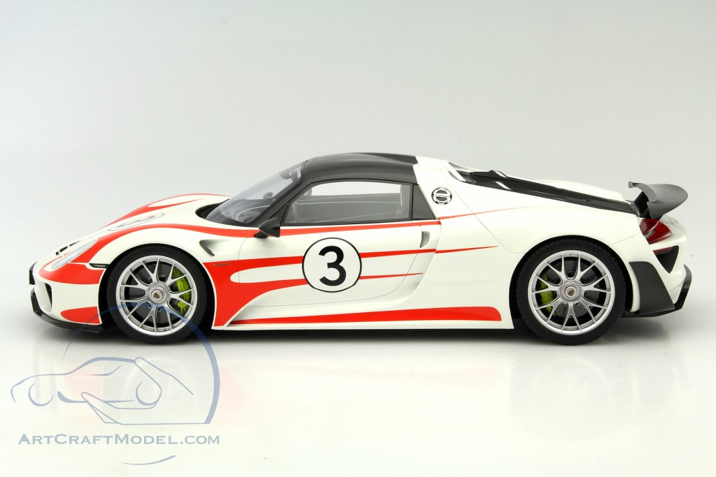porsche 918 spyder 3 weissach package white red gt078. Black Bedroom Furniture Sets. Home Design Ideas