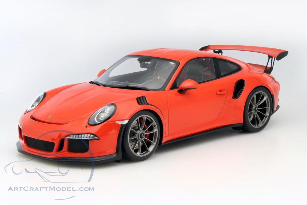 Porsche 911 991 Gt3 Rs Lava Orange With Showcase Wax02200002