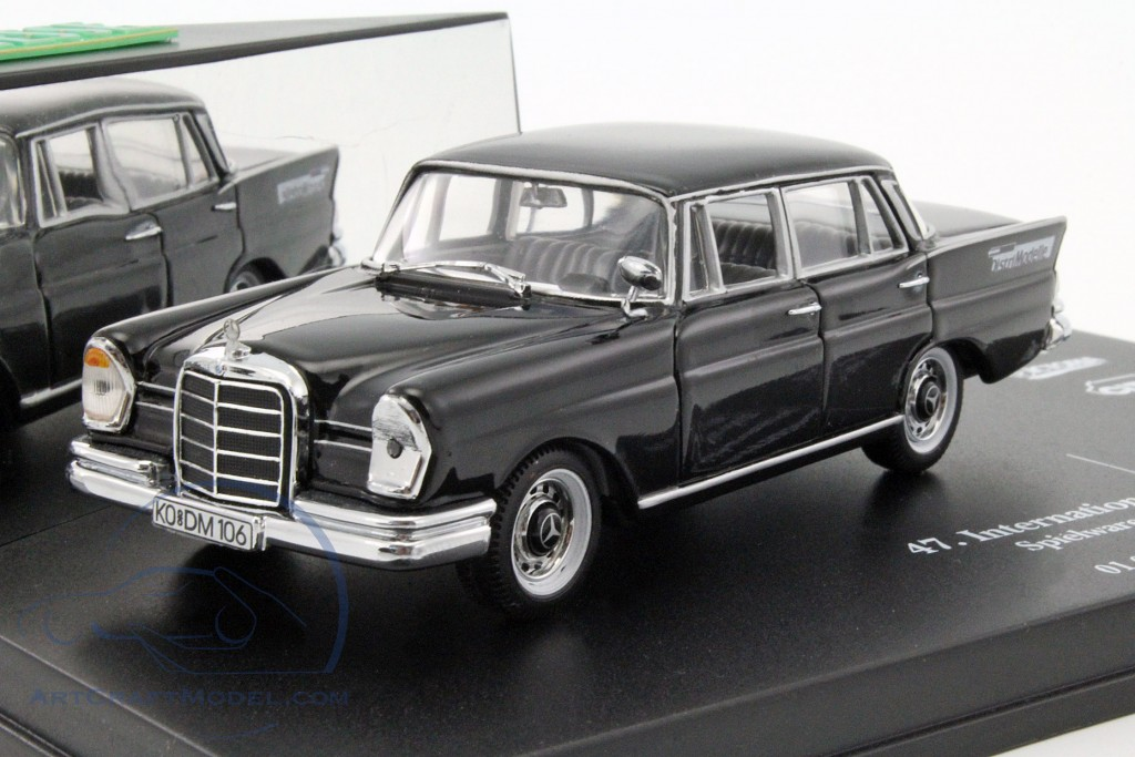 mercedes benz 220 se toyfair n rnberg 1996 black ck35941. Black Bedroom Furniture Sets. Home Design Ideas