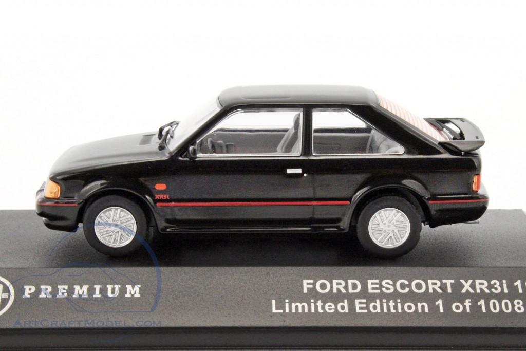 ford escort xr3i year 1990 black triple 9 t9p10026 ean 9580015706452. Black Bedroom Furniture Sets. Home Design Ideas