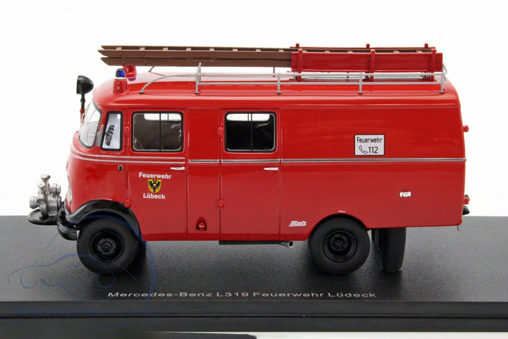 mercedes benz l319 fire department l beck red neo96806 ean 4052176641590. Black Bedroom Furniture Sets. Home Design Ideas