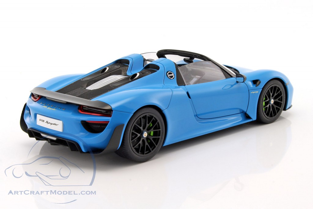 porsche 918 spyder year 2013 riviera blue 77924 ean. Black Bedroom Furniture Sets. Home Design Ideas