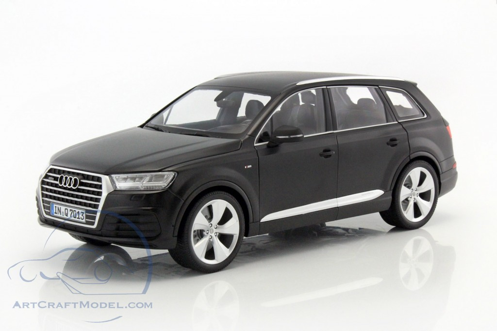 audi q7 baujahr 2015 matt schwarz 110014001 ean. Black Bedroom Furniture Sets. Home Design Ideas