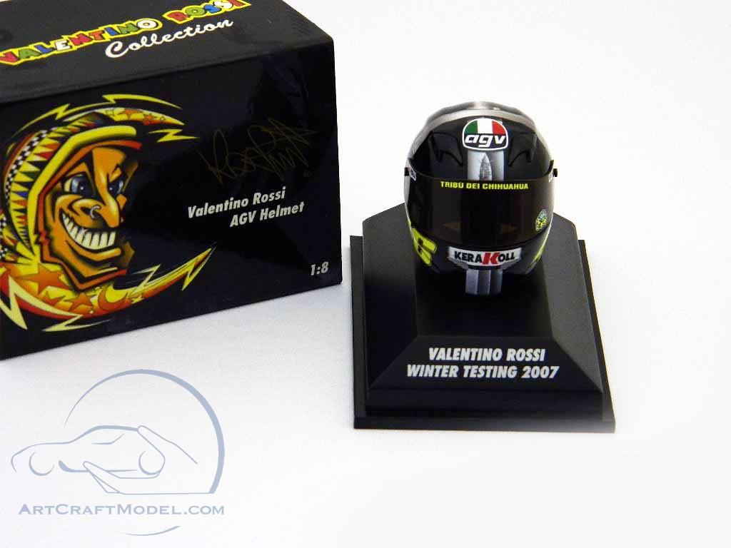 AGV Helmet V.Rossi Winter Testing 2007  397079046 1//8 Minichamps