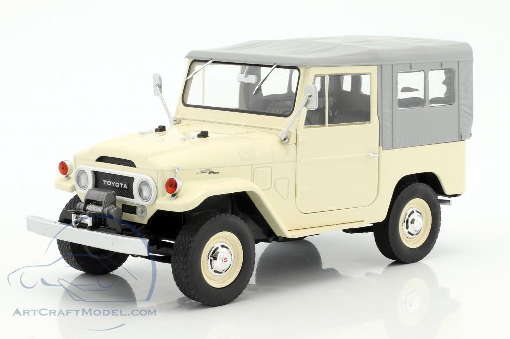Toyota Land Cruiser FJ40 Softtop 1967 beige//grau Modellauto 1:18 Triple9