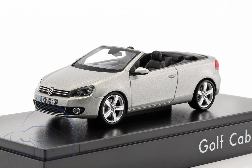 Volkswagen Vw Golf Cabriolet Year 2012 Silver Metallic