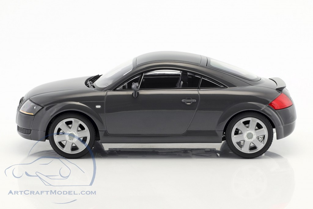 Audi TT Coupe Baujahr 1998 grau metallic