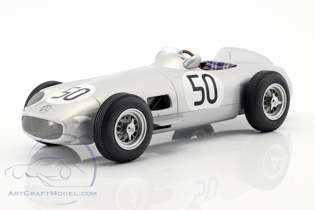 Piero Taruffi Mercedes-Benz W196 #50 4th British GP Formel 1 1955