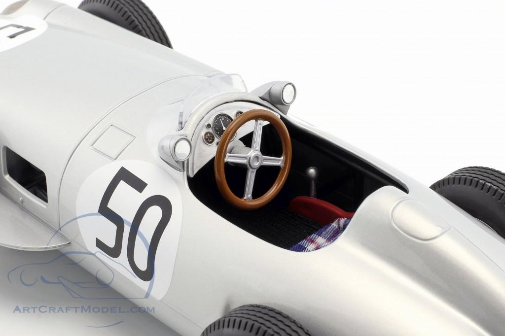 Piero Taruffi Mercedes-Benz W196 #50 4th British GP Formel 1 1955