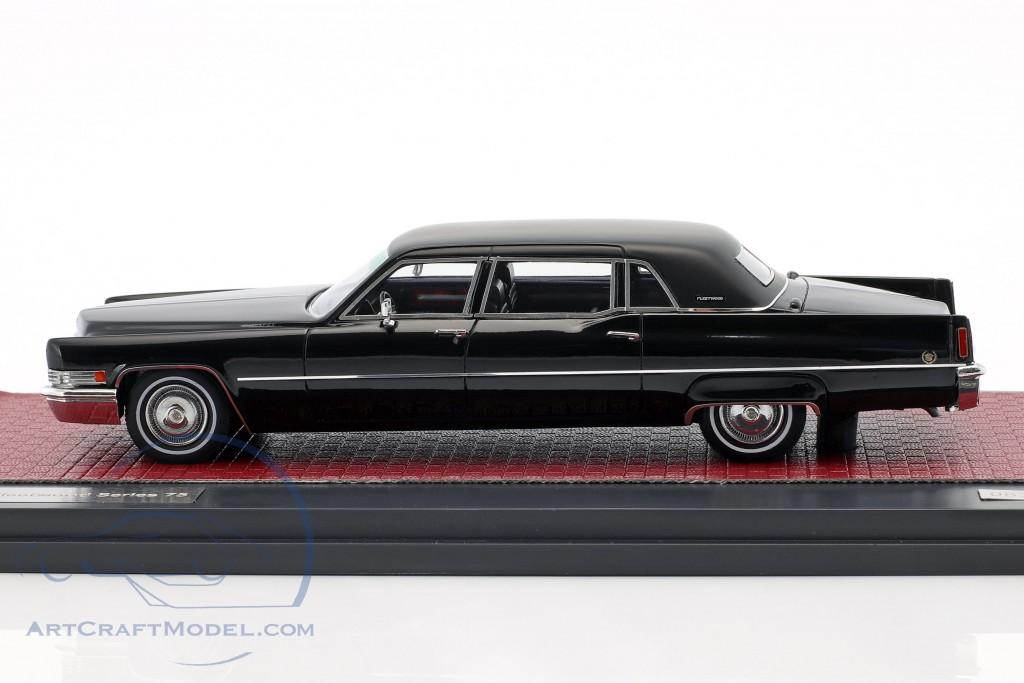 Cadillac Fleetwood Series 75 Baujahr 1970 schwarz