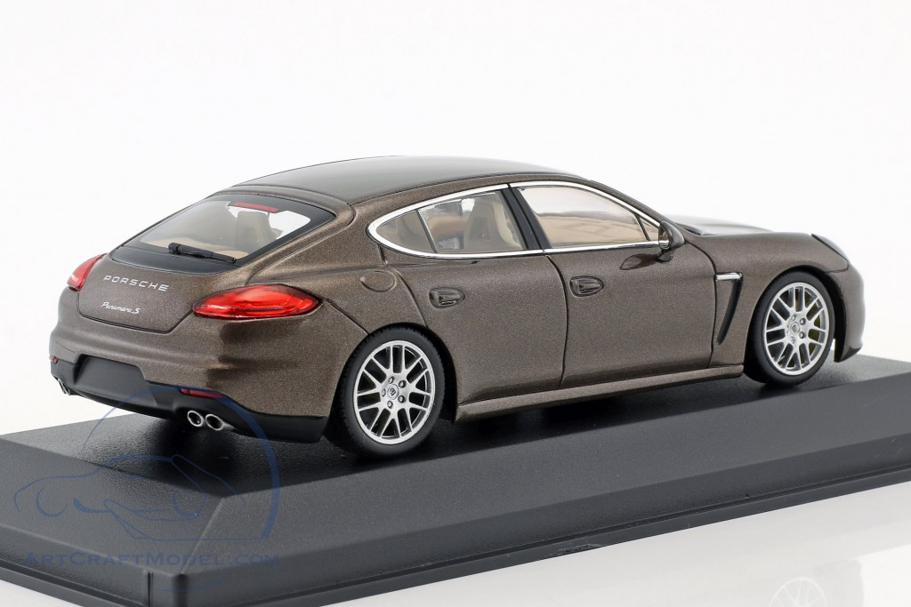 Porsche Panamera S brwon