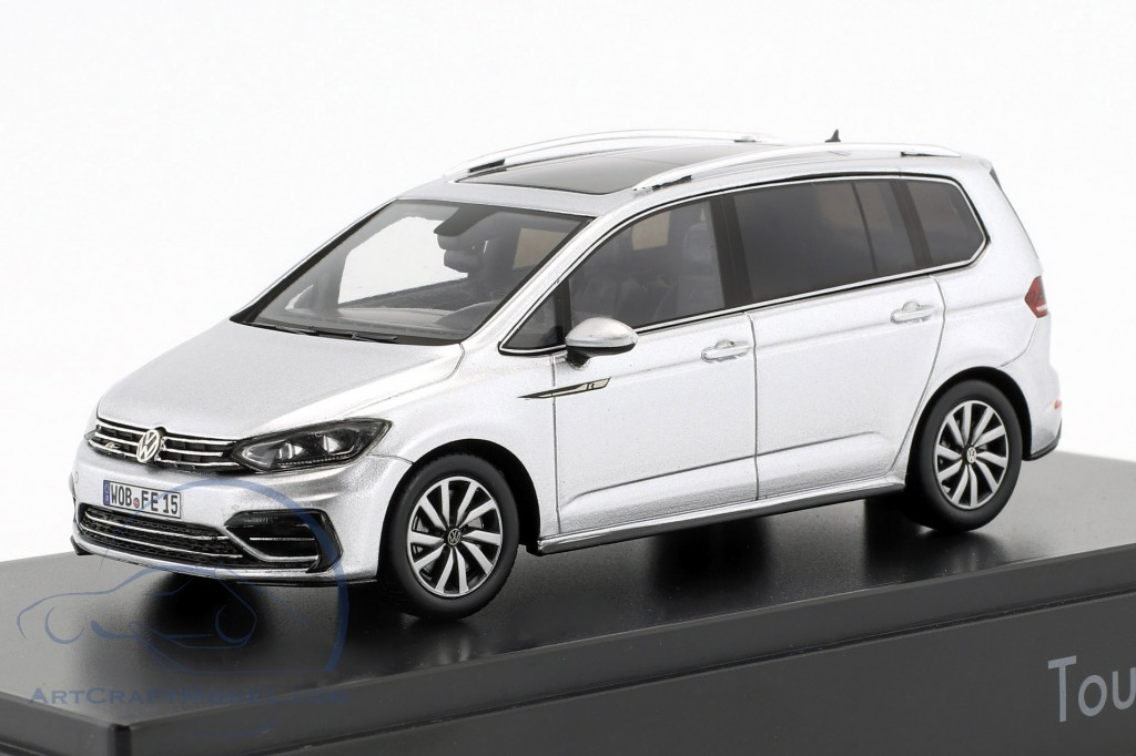 Volkswagen VW Touran R-Line Baujahr 2016 silber metallic