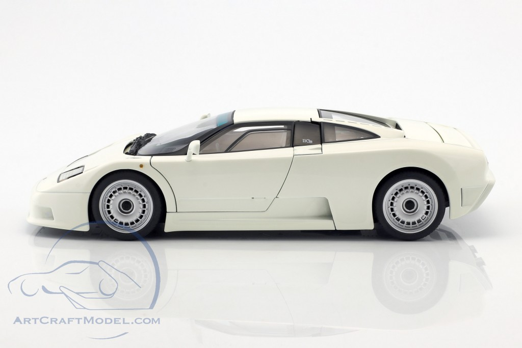 Bugatti EB110 GT Year 1991 white