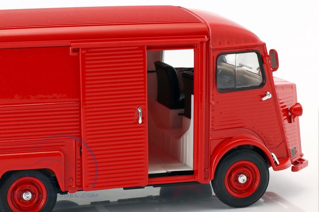 Citroen Type H Baujahr 1962 rot