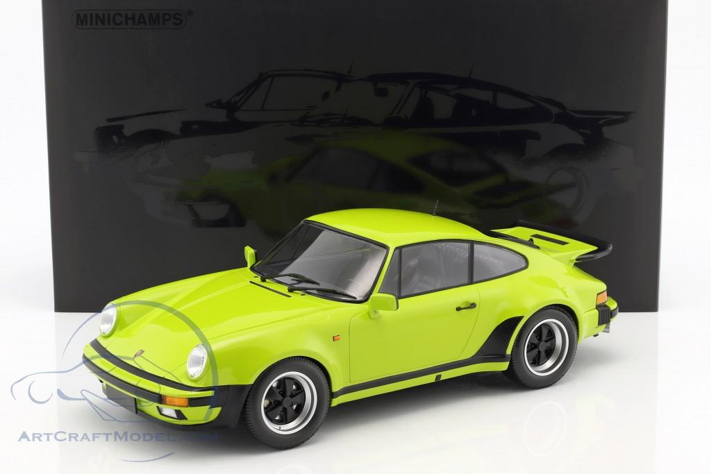 Porsche 911 (930) Turbo Baujahr 1977 lichtgrün