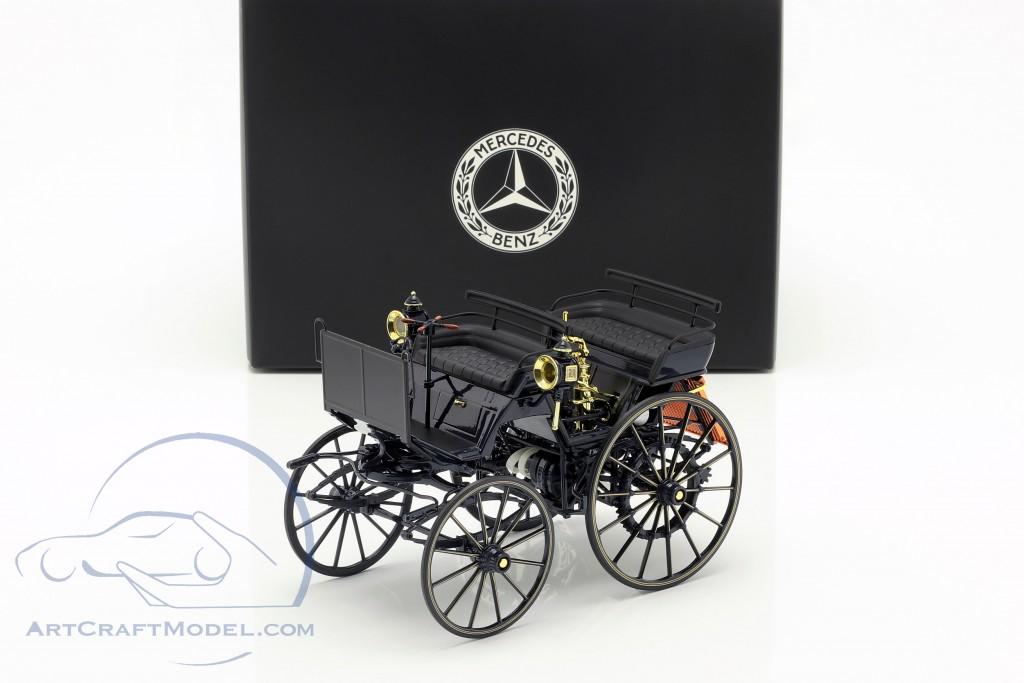 Daimler Motorized carriage blue