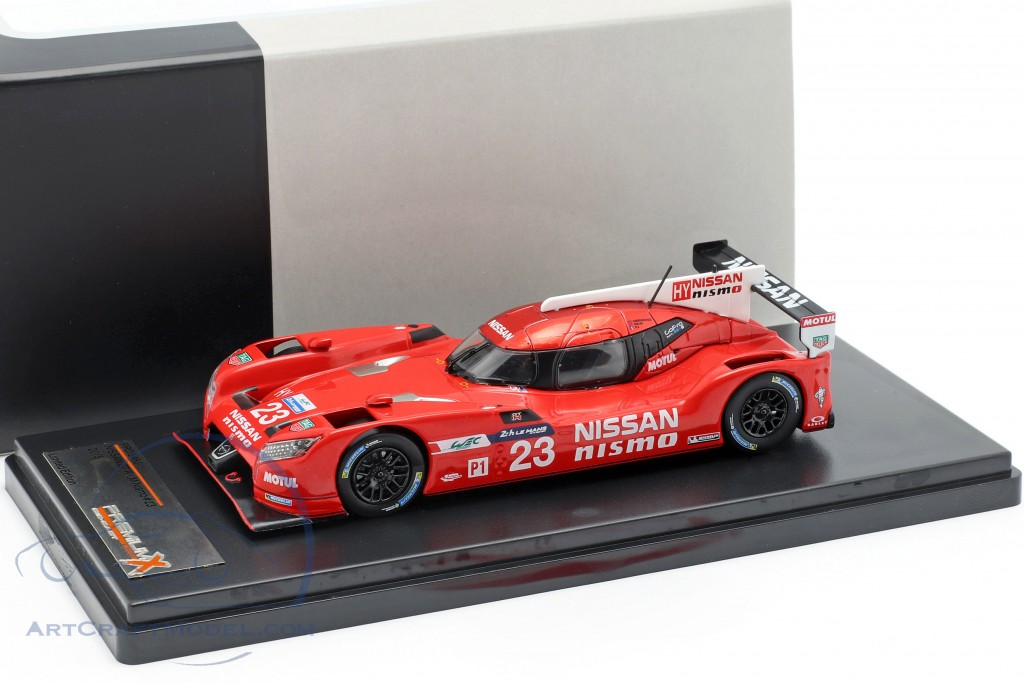 Nissan GT-R LM Nismo #23 24h LeMans 2015 Chilton, Mardenborough, Pla