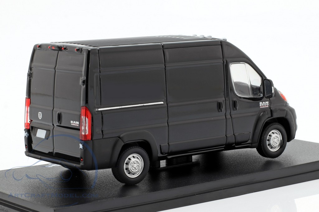 RAM ProMaster 2500 Cargo year 2018 brilliant black