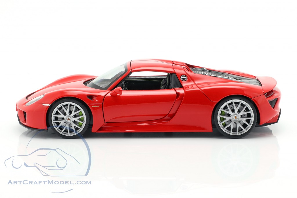 Porsche 918 Spyder year 2013-2015 guards red