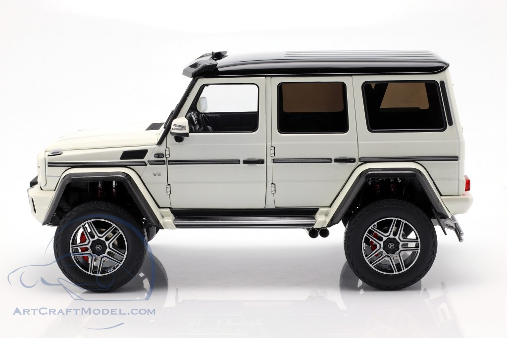 Mercedes-Benz G500 4x4² Concept year 2015 polar white