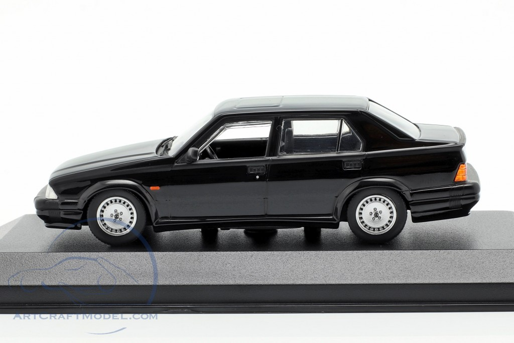Alfa Romeo 75 V6 3.0 America year 1987 black