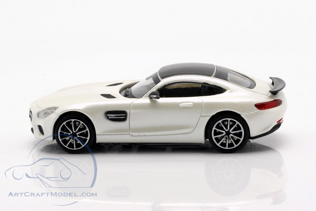 Mercedes-Benz AMG GTS year 2015 white metallic