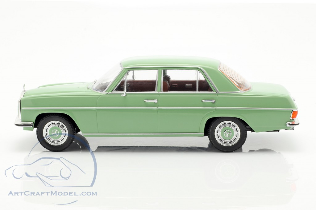 Mercedes-Benz 220D/8 (W115) year 1972 light green  Model Car Group