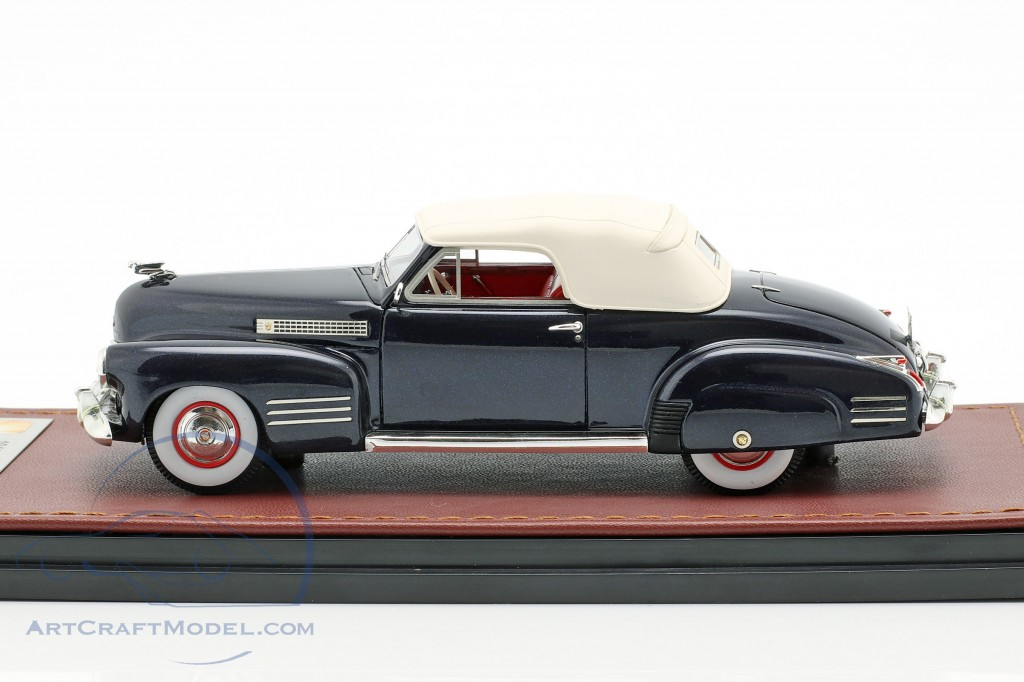 Cadillac Series 62 Convertible Closed Top  year 1941 dark blue  GLM