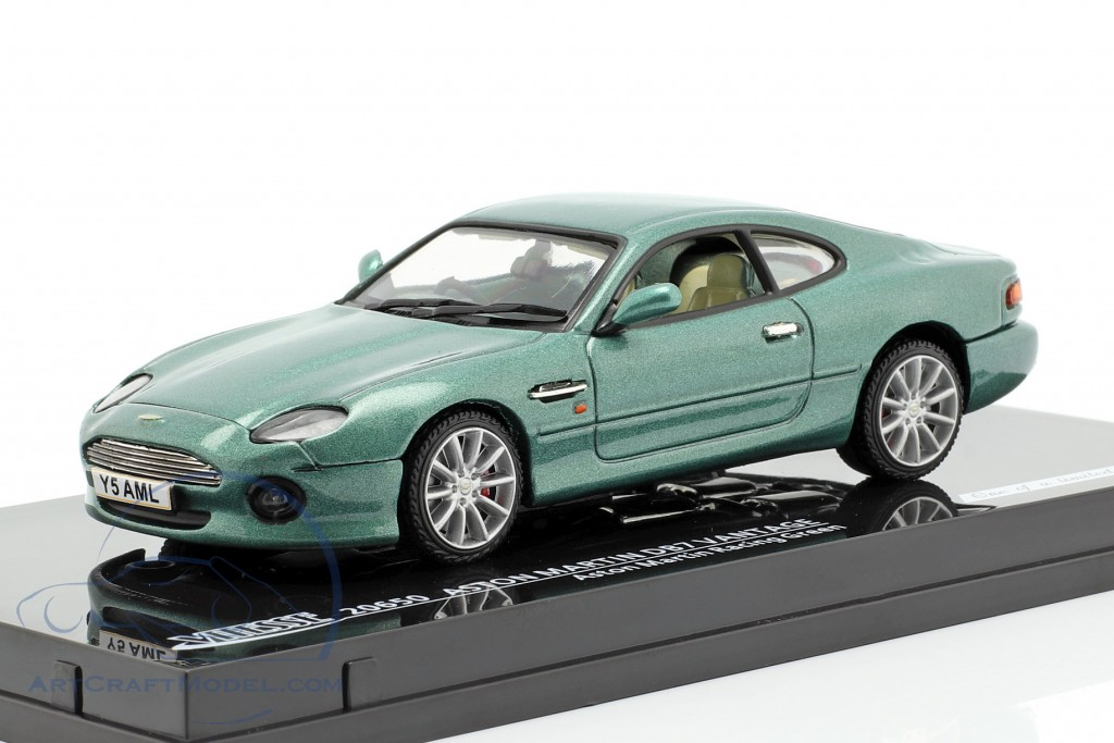 Aston Martin DB7 Vantage green metallic