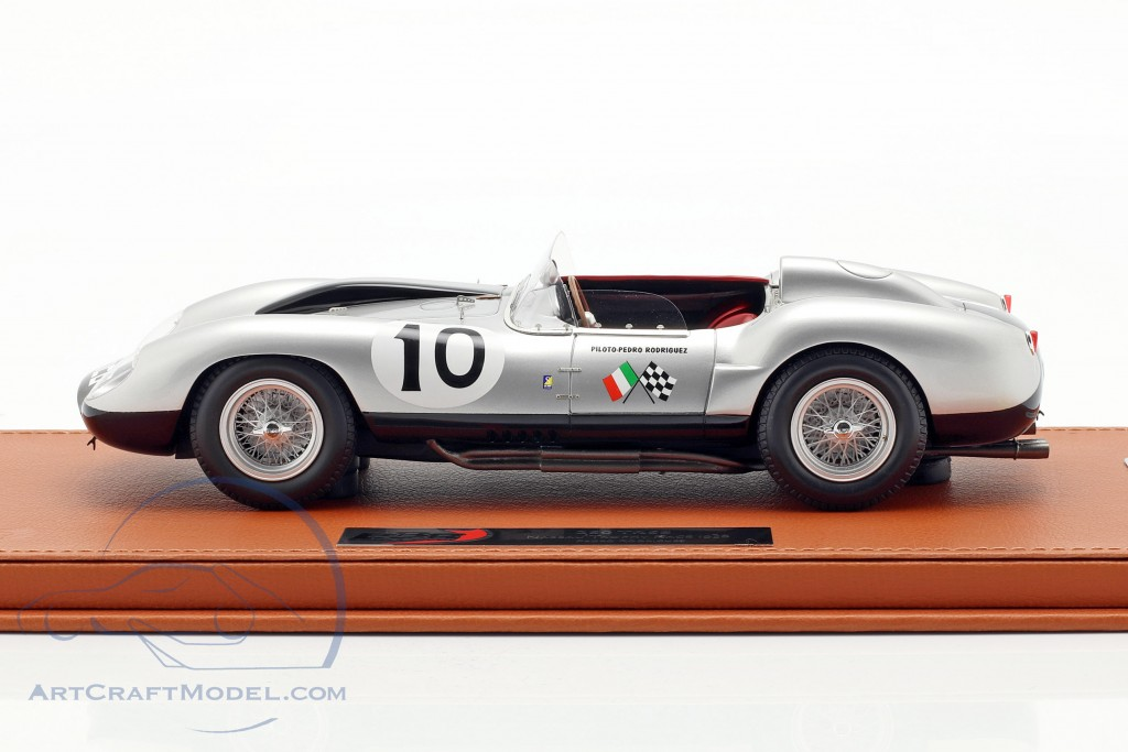 Ferrari 250 TR58 #10 2nd Nassau Trophy Race 1958 Rodriguez  with showcase BBR