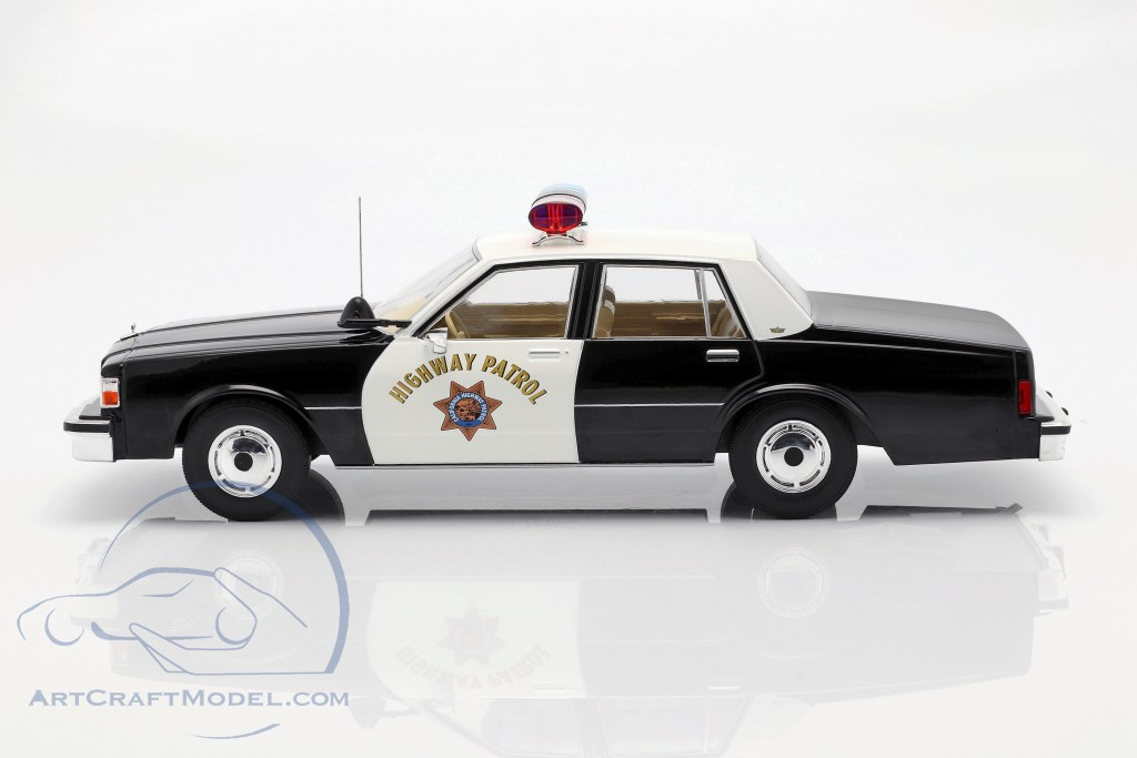Chevrolet Caprice Highway Patrol 1987 black / white  Model Car Group