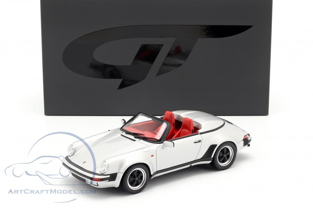 Porsche 911 Carrera 3.2 Speedster year 1987 silver