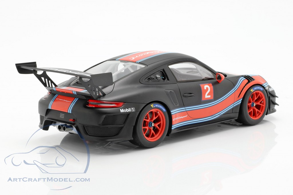 Porsche 911 (991 II) GT2 RS Clubsport #2 Martini Livery with showcase