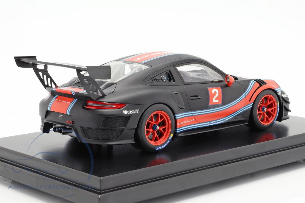 Porsche 911 (991 II) GT2 RS Clubsport #2 Martini Livery With Showcase 1:12