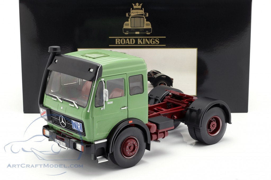 Mercedes-Benz NG 1632 Tractor year 1973 green