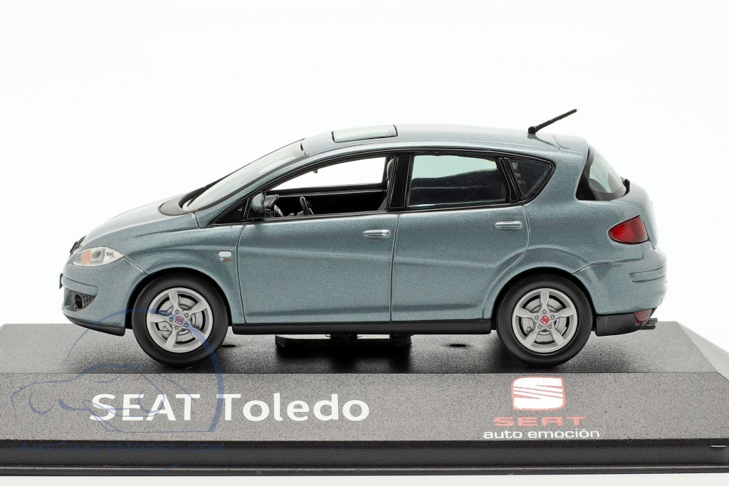 Toledo III year 2004-2009 blue grey metallic
