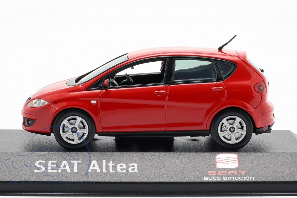Altea RHD red