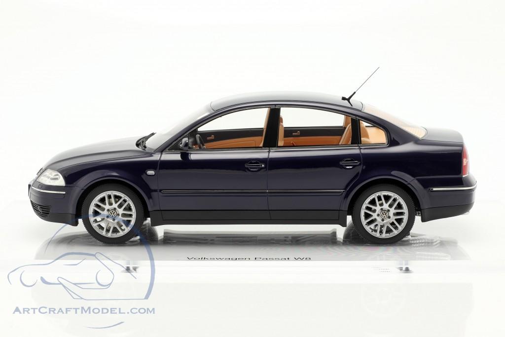 Volkswagen VW Passat W8 limousine year 2001 indigo blue